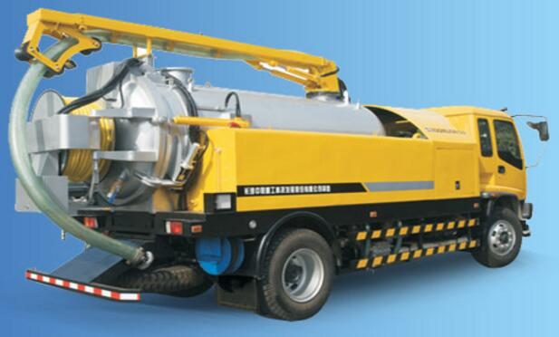 Sewer Dredging and Cleaning truck