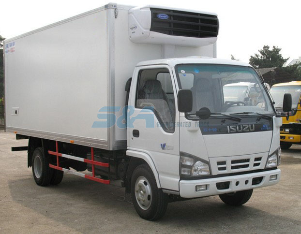 isuzu 120hp small refrigerated truck