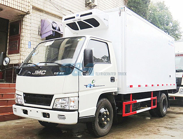 JMC 109hp 11.7 cubic meters refrigerated truck