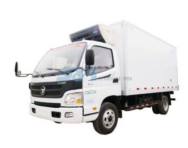 13.9 cubic meters 143hp FOTON cold chain transport truck