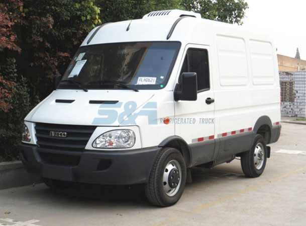 136hp 5.2 cubic meters IVECO cold chain truck