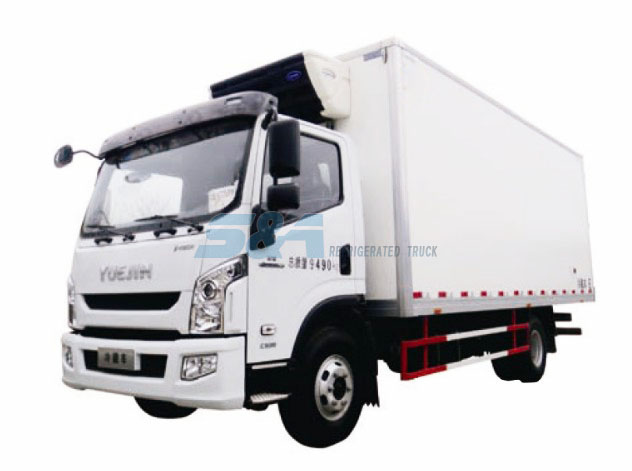 26.9 cubic meters YUEJIN refrigerated truck