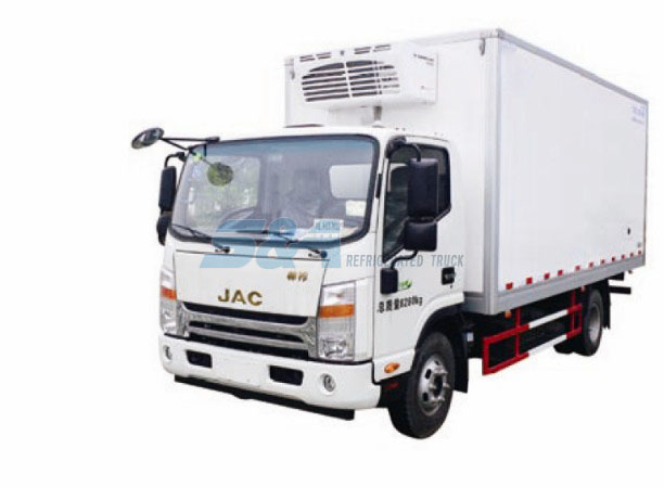 20.3 cubic meters 131HP JAC refrigerated truck